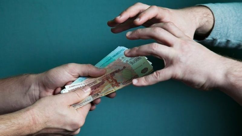 в какой день нельзя давать деньги в долг
